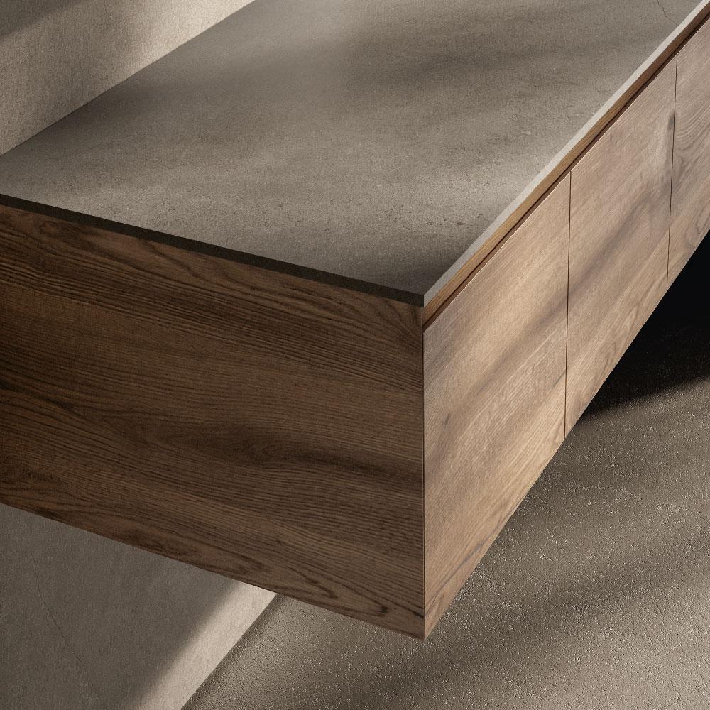 Esencias de madera con acabado artesanal continuativo